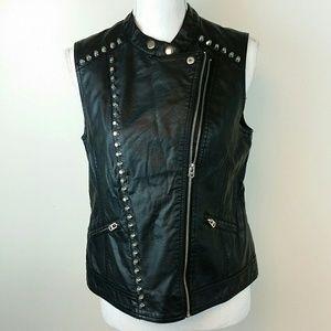 Forever 21  black vegan leather biker motor vest
